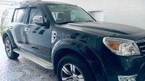 Bán Ford Everest dòng Limited đời cuối năm 2011, màu đen, số tự động, máy dầu