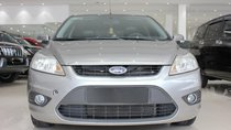 Cần bán xe Ford Focus 1.8 AT năm sản xuất 2010, màu bạc