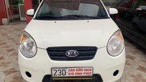 Cần bán xe Kia Morning 1.0 đời 2010, màu trắng, nhập khẩu nguyên chiếc, giá chỉ 160 triệu