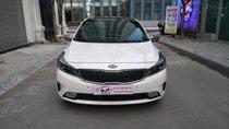 Bán Kia Cerato 1.6AT năm sản xuất 2017, màu trắng giá cạnh tranh