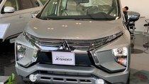 Bán Mitsubishi Xpander AT, màu bạc, tại Quảng Trị, giá 620tr, giao ngay trong tháng hỗ trợ vay đến 80%