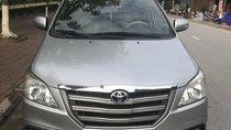 Cần bán xe Toyota Innova 2.0E năm sản xuất 2015, màu bạc. Mr Trung - 0982518783