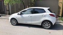 Bán ô tô Mazda 2 đời 2012, màu trắng số tự động