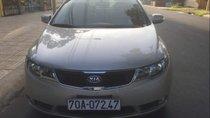 Gia đình bán Kia Forte đời 2010, màu bạc, xe nhập