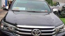 Bán Toyota Hilux đời 2017, màu đen, nhập khẩu, giá chỉ 990 triệu