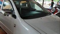 Cần bán Toyota Corolla altis đời 2003, màu trắng, xe đẹp không lỗi