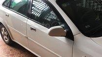 Cần bán Daewoo Lacetti đời 2005, màu trắng, giá tốt