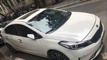 Cần bán Kia Cerato 1.6 năm 2018, màu trắng, xe đi vẫn tốt bảo dưỡng đầy đủ, đăng ký chính chủ