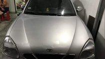 Cần bán Daewoo Nubira đời 2002, màu bạc