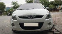 Cần bán xe Hyundai i20 1.4L AT 2011, màu trắng, nhập khẩu, giá chỉ 300 triệu