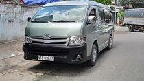 Cần bán Toyota Hiace năm sản xuất tháng 12/2011 máy dầu
