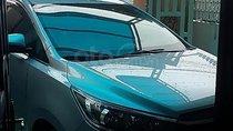 Bán Toyota Innova 2.0E Đk 10/2018, số sàn, màu bạc, odo 21000km