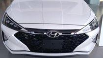 Bán Hyundai Elantra Facelift 2019 màu trắng số sàn - xe có sẵn - giao ngay - tặng 10 triệu phụ kiện