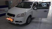Cần bán gấp Chevrolet Aveo năm sản xuất 2017, màu trắng, mua tháng 3/2017, rất mới, chỉ đi 14.500 km