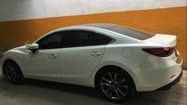 Bán xe Mazda 6 2.0 Prenium 2017, màu trắng, đăng kiểm đầu năm 2018