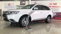 """""""Hot"""" Bán xe Mitsubishi Outlander 2019, 7 chỗ, tiết kiệm, trả góp 80%, liên hệ: 0935.782.728 để nhận nhiều ưu đãi"""