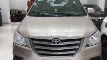 Cần bán xe Toyota Innova E sản xuất 2016, màu vàng, biển số SG 567