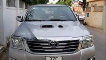 Bán Toyota Hilux G năm sản xuất 2014, đăng ký 2015, màu bạc, giá chỉ 535 triệu