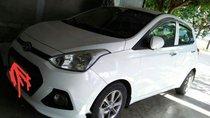 Cần bán gấp Hyundai Grand i10 đời 2014, màu trắng, nhập khẩu, chạy rất lợi xăng