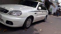 Bán ô tô Daewoo Lanos sản xuất năm 2002, màu trắng số sàn, giá tốt