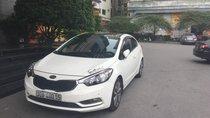 Cần bán xe Kia K3 1.6AT năm sản xuất 2015, màu trắng, giá tốt