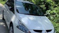 Bán Mitsubishi Grandis năm sản xuất 2011, màu trắng, nhập khẩu, xe rất đẹp