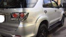 Bán Toyota Fortuner đời 2015, màu bạc, giá chỉ 700 triệu
