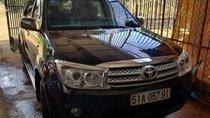 Cần bán Toyota Fortuner G 2011, màu đen, số sàn