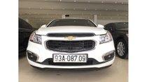 Chevrolet Cruze 1.6 MT 2017 màu trắng, trả trước chỉ từ 127 triệu