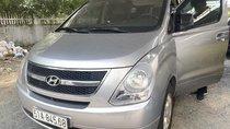 Cần bán Hyundai Stares sản xuất 2014, xe nhà trùm mềm zin 67000 km