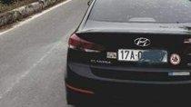 Bán Hyundai Elantra 1.6 MT đời 2016, màu đen, nhập khẩu