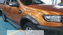 Cần bán xe Ford Ranger Wildtrak 2.2L đời 2017, màu cam, nhập khẩu nguyên chiếc, giá tốt