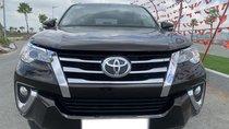 Bán Toyota Fortuner 2.7V 2017, màu nâu, trả góp đưa trước từ 300tr nhận xe