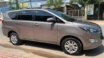 Cần bán xe Toyota Innova 2018, Đk 2019, số sàn, màu xám, BSTP
