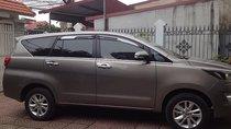 Chính chủ bán xe Toyota Innova 2.0G năm sản xuất 2016, màu xám