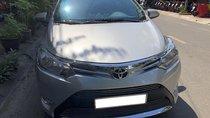 Cần bán xe Toyota Vios 2017 số tự động màu bạc, biển TP