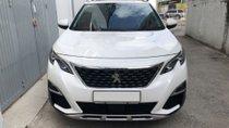 Cần bán xe Peugeot 3008 AT đời 2018, màu trắng chính chủ