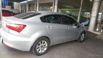 Bán Kia Rio sedan 1.4MT màu bạc, số sàn nhập Hàn Quốc 2015, biển Sài Gòn đi 33000km
