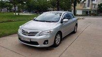 Cần bán xe Toyota Corolla Altis 2011 số tự động, biển Bình Dương