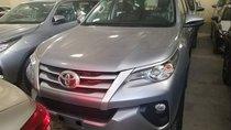 Cần bán xe Toyota Fortuner sản xuất năm 2019, màu bạc