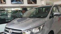 Bán Toyota Innova năm 2019, màu bạc giá cạnh tranh