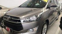 Cần bán Toyota Innova 2.0E sản xuất 2019, màu xám số sàn, giá 760tr