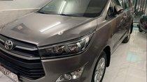 Cần bán Toyota Innova G năm 2016, màu xám