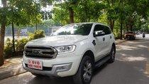 Cần bán xe Ford Everest Titanium 4x2AT năm 2017, màu trắng, nhập khẩu nguyên chiếc