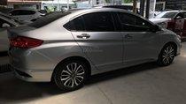 Bán Honda City TOP 1.5AT màu bạc, số tự động sản xuất 2018, biển Sài Gòn xe đẹp