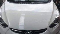 Cần bán Hyundai Avante năm sản xuất 2010, màu trắng, xe nhập, giá 470tr