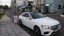 Cần bán xe Mercedes E 300 AMG sản xuất 2018, màu trắng, nhập khẩu nguyên chiếc ít sử dụng