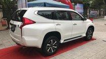 Bán xe Mitsubishi Pajero Sport D 4x2 MT sản xuất năm 2019, màu trắng, nhập khẩu, 980.5tr