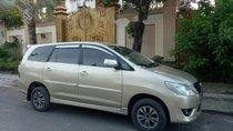 Cần bán xe Toyota Innova đời 2012 số sàn, giá tốt