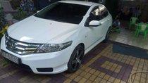 Cần bán lại xe Honda City sản xuất năm 2013, màu trắng, nhập khẩu